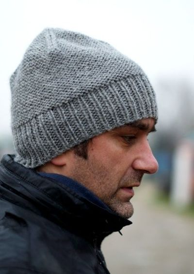 Free mens beanie Hat knitting pattern / knits and kits - Juxtapost