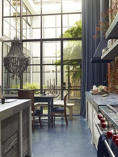 industrial chic open floor plan and courtyard for the home juxtapost. Black Bedroom Furniture Sets. Home Design Ideas