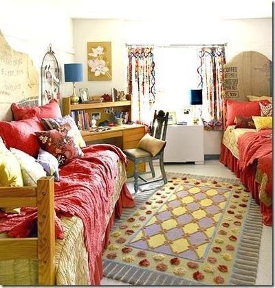 Boho dorm room dorm room ideas for college juxtapost for Apartment bedroom ideas for college