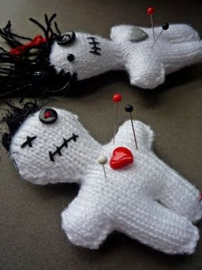 Voodoo doll free knitting pattern / knits and kits - Juxtapost