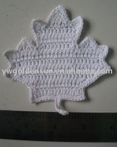 Crochet Patterns Free Leaf : Free Maple Leaf Potholder Crochet Pattern / crochet ideas ...