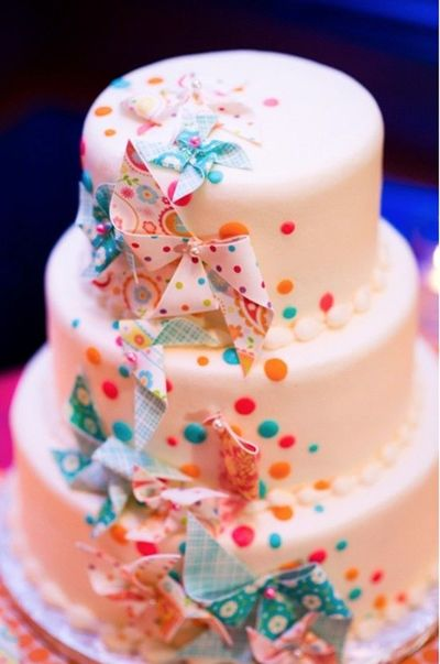 confetti pinwheel wedding cake - what fun!