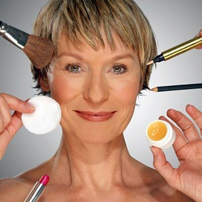 11 Mistakes Women Make In Middle Age / Make Up Tips - Juxtapost