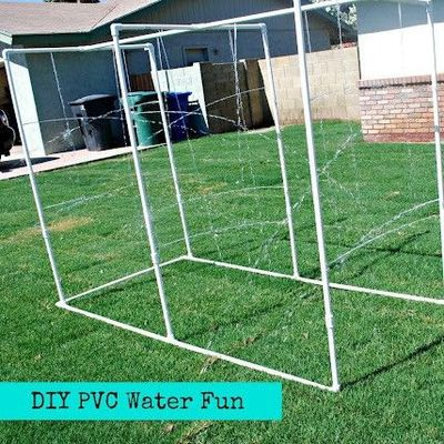Diy pvc pipe giant spinkler i love pvc pipe and have made for Pvc pipe classroom dividers