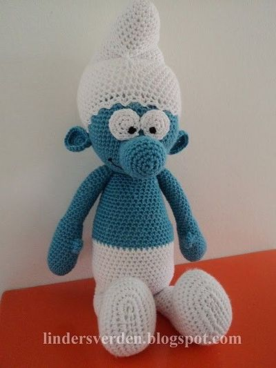 crocheted smurf! (free pattern!) / crochet ideas and tips ...