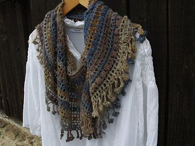 Crescent Moon Shawl Free Crochet Pattern : Crescent Moon Shawl: pattern only in Japanese and out of ...