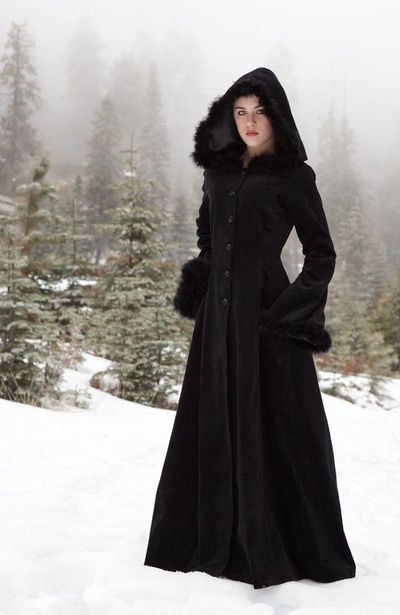 Women's Gothic Costumes at ExtremeCostumes.com. Gothic Cloth