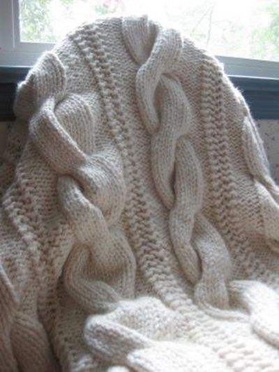 Cable Knit Throw Pattern : Cable knit throw using chunky yarn (pattern on Ravelry&... / crochet idea...