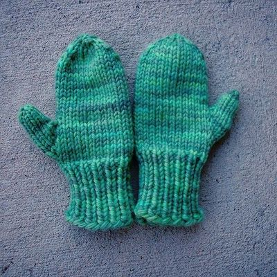 Mitten Knitting Pattern 4 Needles : SIMPLE MITTEN KNITTING PATTERN 2 NEEDLES   KNITTING PATTERN