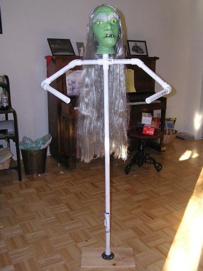 How to make a stand up dummy for Halloween. / halloween ...