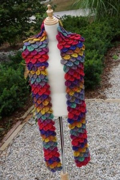 Free Knitting Pattern For Alligator Scarf : free crochet crocodile stitch shawl pattern