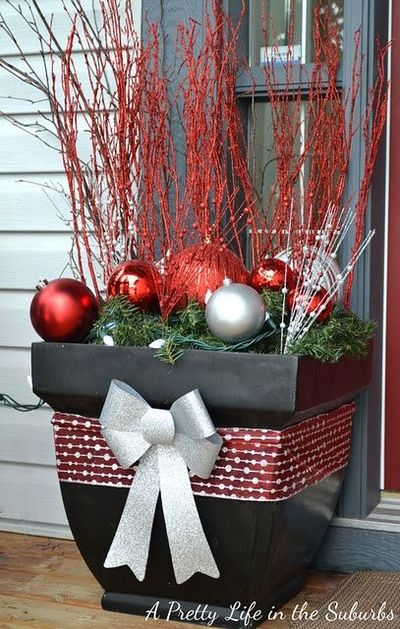 Front Porch Christmas Decorations. / christmas xmas ideas - Juxtapost
