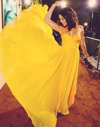 officially need a canary-yellow prom dress