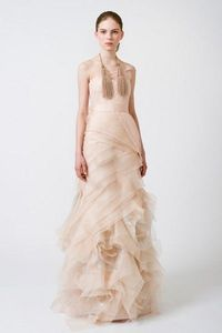 Blush color for the blushing bride! http://1.bp.blogspot.com | BrideClick
