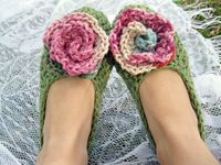 women's crochet slippers