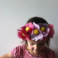 Mima + Moo show us on Babiekinsmag.com how to make this cute headband!