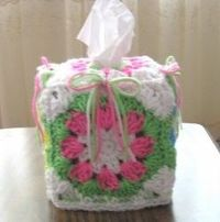 Colorful Shells and Bows Boutique Tissue Box Cover - free crochet pattern