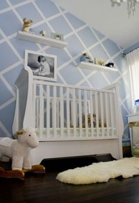 DIY: tips for painting the perfect stripe. #DIY #baby #nursery #stripes