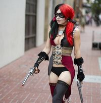 Harley Quinn (Jessica Nigri) - SDCC 2012 - San Diego Shooter