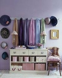 Lilac Hues in Organizational Space