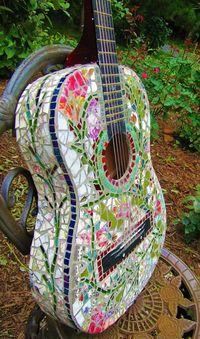 mosaic tile guitar//would love to have to this to add to the wall!