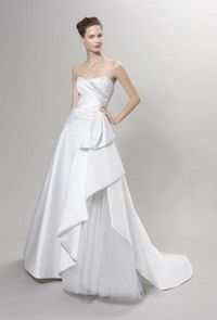 Beautiful wedding dress with strapless sweetheart neckline and floor length. The skirt is ruffled and looks impressive. Free made-to-measurement service for any size. Available colors seen as in Color Options.