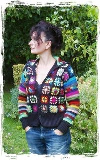 I could easily make this with all of my scrap yarn. :)