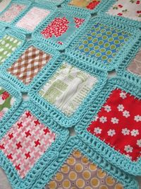 Bee In My Bonnet: http://beeinmybonnetco.blogspot.com.au Fusion Blanket Crochet Along...