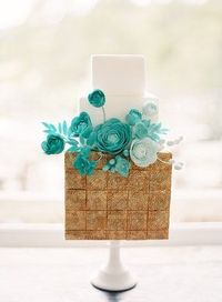 Modern gold, teal cake with ranunculus by Sweet & Saucy Bake Shop; Photo by Jen Huang