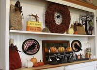 Cute shelf display for Halloween