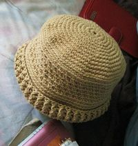 ad501d863fd Posts similar to  Banded Bucket hat - free pattern - Juxtapost