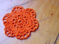#Howto stiffen #crochet motifs with Mod Podge